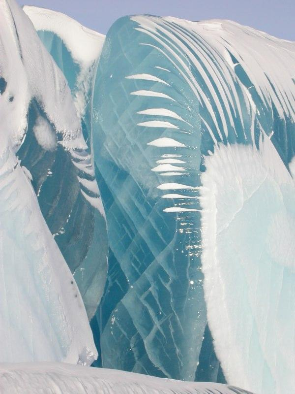 """Astrophysicist Tony Travouillon took the pictures in 2002. While studying for his doctorate, he spent summers from 2000 to 2004 in Antarctica. Although the frozen monstrosities look quite chilly, he says it wasn't so bad near the South Pole. <a href=""""http://www.astro.caltech.edu/~tonyt/Tonys_site/About_Me.html"""" rel=""""nofollow noopener"""" target=""""_blank"""" data-ylk=""""slk:(Photo by Tony Travouillon)"""" class=""""link rapid-noclick-resp"""">(Photo by Tony Travouillon)</a>"""