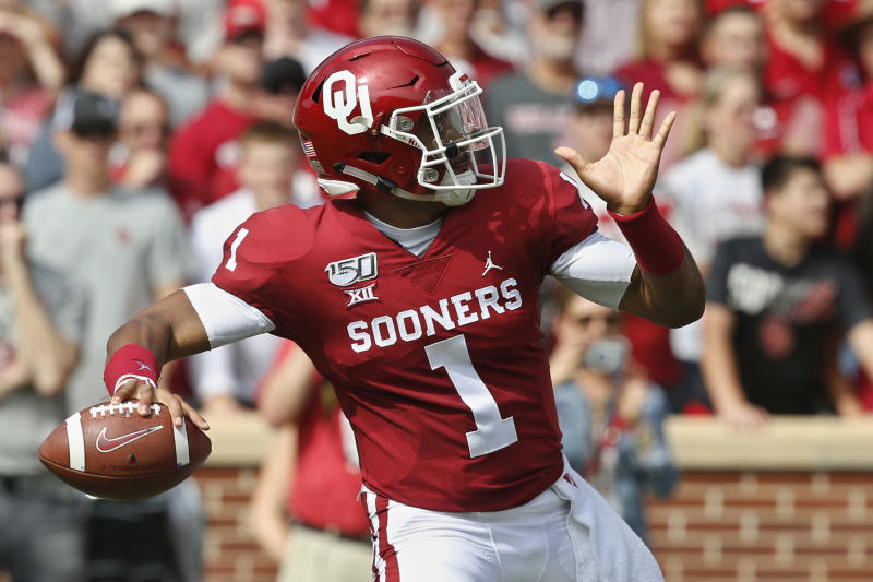 Oklahoma quarterback Jalen Hurts (1) throws in the first quarter of an NCAA college football game against Texas Tech in Norman, Okla., Saturday, Sept. 28, 2019. (AP Photo/Sue Ogrocki)