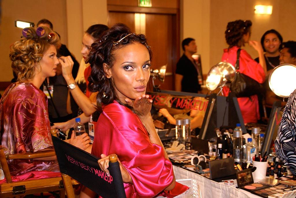 "Selita Ebanks remains cool and collected before the show. According to Selita, the secret to being sexy is confidence. Even if she trips on the runway, she wants to laugh right along with the audience. omg! staff/<a href=""http://omg.yahoo.com"" target=""new"">omg!</a> - November 15, 2007"