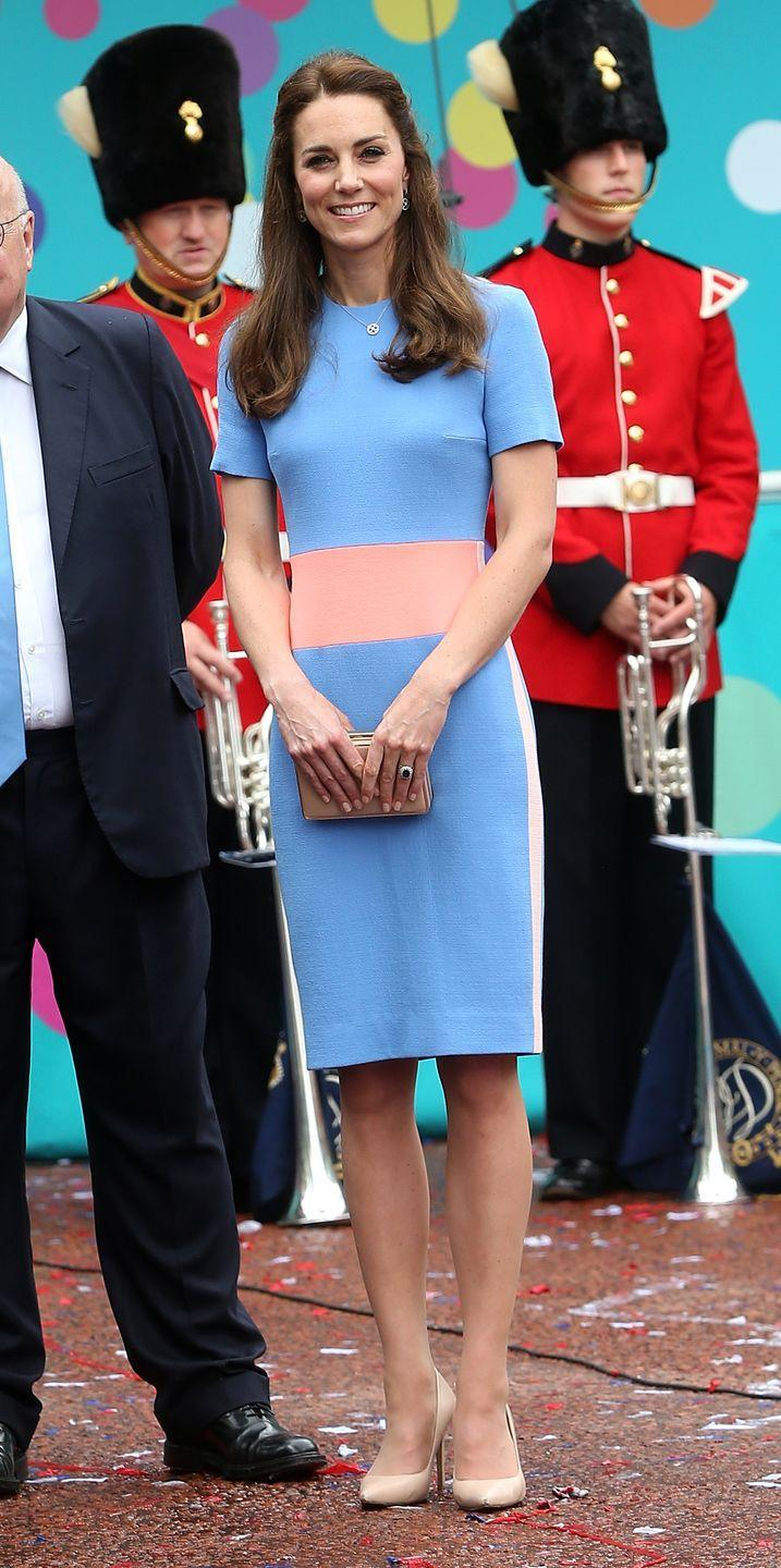 <p>The Duchess attends the Queen's birthday tea party in London wearing a Roksanda dress with a nude clutch and pumps. </p>