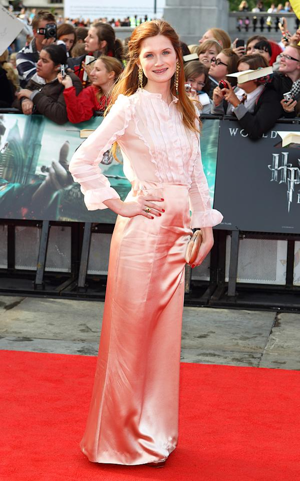 """<a href=""""http://movies.yahoo.com/movie/contributor/1808408966"""">Bonnie Wright</a>  Best: The always-elegant Bonnie Wright turned out to the premiere in head-to-toe peach Miu Miu accented with emerald green earrings."""