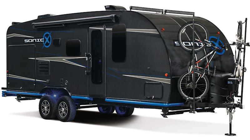 This Carbon Fibre Caravan Is Fully Sustainable