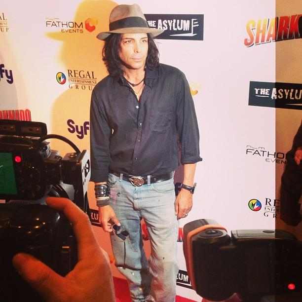 Richard Grieco. It's kind of epic. #21JumpStreet #sharknado #redcarpet #80sstars