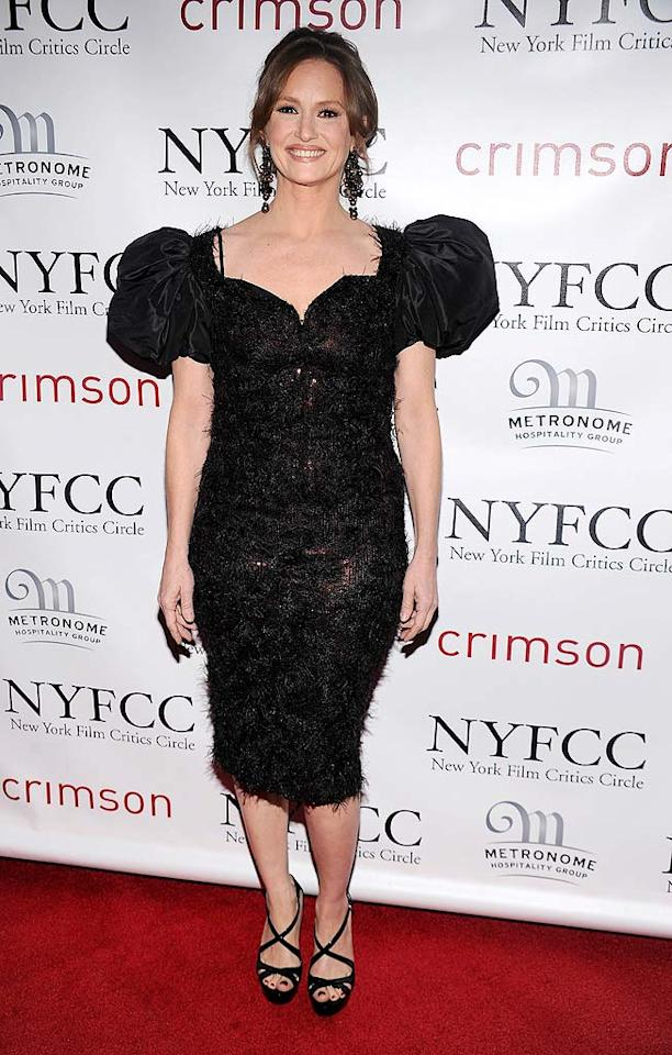 "Even ""The Fighter's"" Melissa Leo looked a tad uncomfortable in the puffy, garbage bag-like look she posed in at this year's New York Film Critics Circle Awards. Dimitrios Kambouris/<a href=""http://www.wireimage.com"" target=""new"">WireImage.com</a> - January 10, 2011"