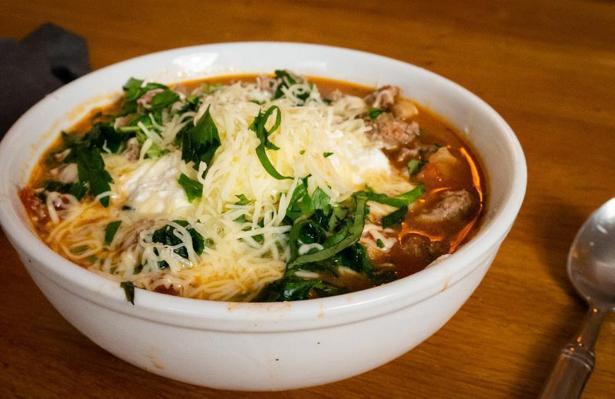 """<p>This one-pot meal is for the nights you are craving chicken Parmesan but do not want to go through the hassle of making the complicated dish. It will still come out as a delicious chicken recipe for a <a href=""""https://www.thedailymeal.com/cook/35-chicken-recipes-busy-weeknights-0?referrer=yahoo&category=beauty_food&include_utm=1&utm_medium=referral&utm_source=yahoo&utm_campaign=feed"""" rel=""""nofollow noopener"""" target=""""_blank"""" data-ylk=""""slk:busy weeknight"""" class=""""link rapid-noclick-resp"""">busy weeknight</a>. </p> <p><a href=""""https://www.thedailymeal.com/recipes/chicken-parm-chili-recipe?referrer=yahoo&category=beauty_food&include_utm=1&utm_medium=referral&utm_source=yahoo&utm_campaign=feed"""" rel=""""nofollow noopener"""" target=""""_blank"""" data-ylk=""""slk:For the Chicken Parm Chili recipe, click here"""" class=""""link rapid-noclick-resp"""">For the Chicken Parm Chili recipe, click here</a>.</p>"""