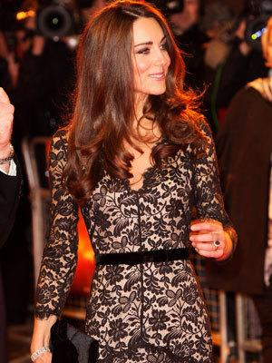 <p>Catherine, Duchess of Cambridge looks luminous at the UK premiere of 'War Horse' in a black lace gown by Alica Temperley.</p>