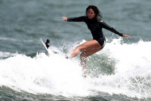 Olympics: Sea monsters no sweat for Japan's teen surf queen