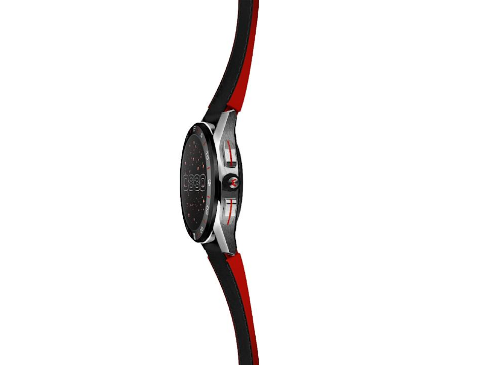 <p>Side view of the Tag Heuer Connected Limited Edition Super Mario with a black-and-red strap.</p>