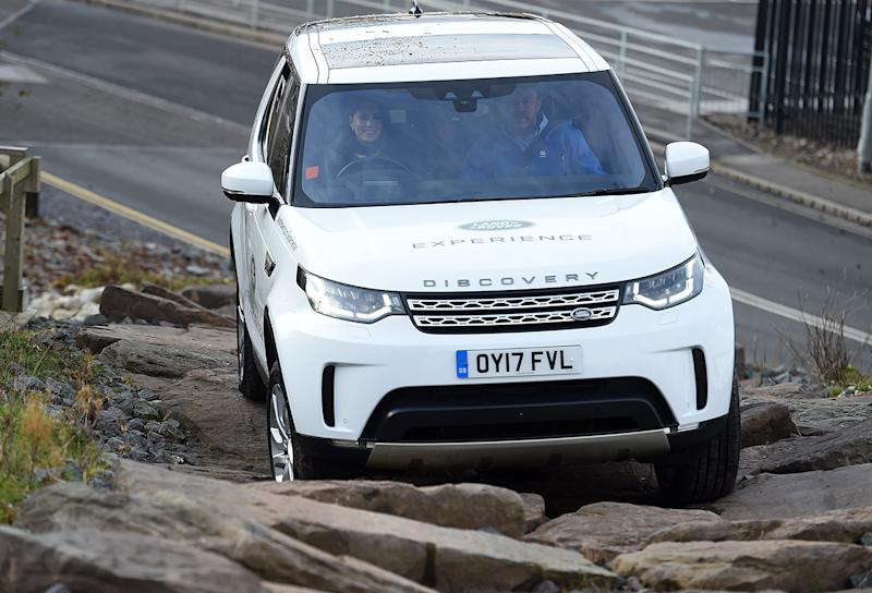 Kate Middleton does driving course