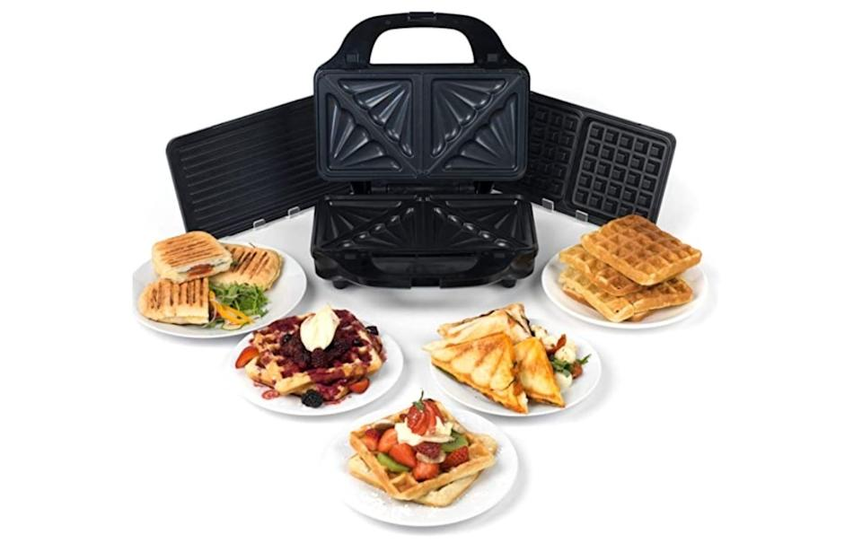 Salter EK2143 Deep Fill 3-in-1 Snack Maker with Waffle, Panini and Toasted Sandwich Plates