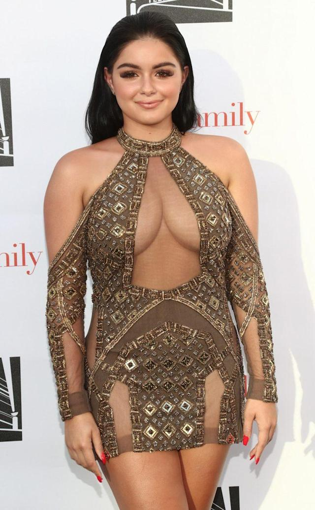 Ariel Winter on the red carpet at the event. (Photo: Getty Images)
