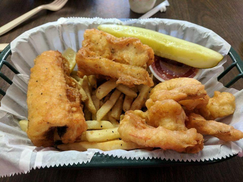 """<p><strong><a href=""""https://www.yelp.com/biz/brown-fisheries-fish-house-paradise"""" rel=""""nofollow noopener"""" target=""""_blank"""" data-ylk=""""slk:Brown Fisheries Fish House"""" class=""""link rapid-noclick-resp"""">Brown Fisheries Fish House</a>, Paradise</strong></p><p>""""If you want fresh fish this is the place. I call it fish heaven."""" — Yelp user <a href=""""https://www.yelp.com/user_details?userid=KFiz7nL-lRFF-xIgOPZLkg"""" rel=""""nofollow noopener"""" target=""""_blank"""" data-ylk=""""slk:Richard F."""" class=""""link rapid-noclick-resp"""">Richard F.</a></p><p>Photo: Yelp/<a href=""""https://www.yelp.com/user_details?userid=Q3F3ElarBU0Q_ppuxUwDxg"""" rel=""""nofollow noopener"""" target=""""_blank"""" data-ylk=""""slk:M.M."""" class=""""link rapid-noclick-resp"""">M.M.</a></p>"""