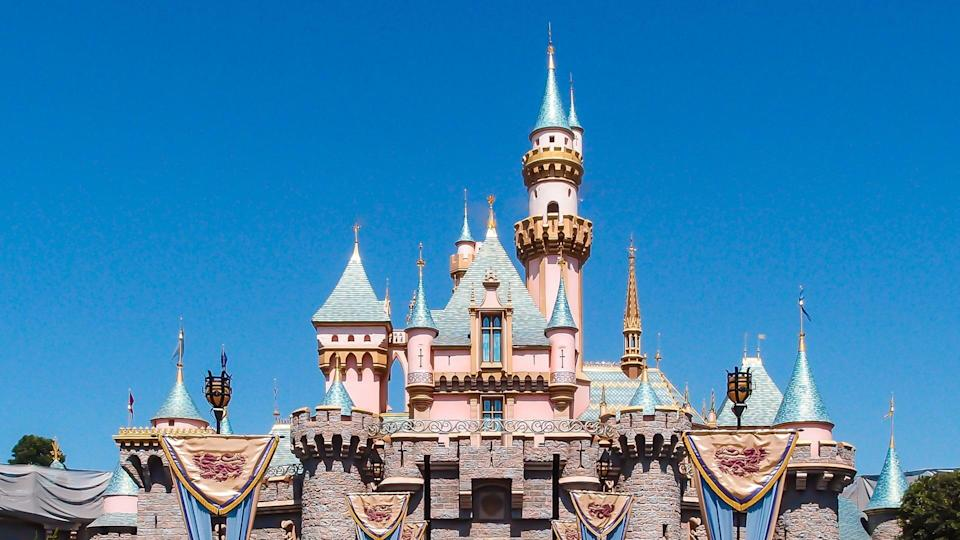 5-disneyland-hacks-to-save-money.jpg