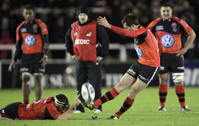 Toulon's Julien Dumora kicks a penalty against Newcastle Falcons during a pool 2, European Challenge Cup rugby union match at Kingston Park, Newcastle upon Tyne on December 8, 2011. AFP PHOTO/GRAHAM STUART (Photo credit should read GRAHAM STUART/AFP/Getty Images)