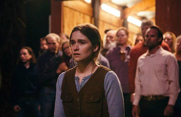 'Them That Follow' Film Review: Talented Cast Exposes the Venom in Old-Time Religion