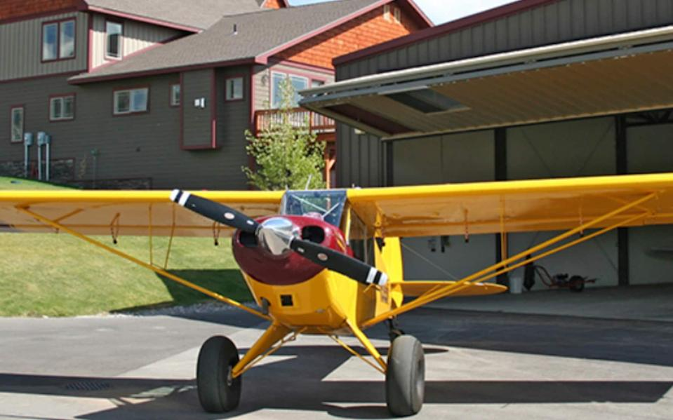 The hangar of the townhome for sale at Alpine Airpark