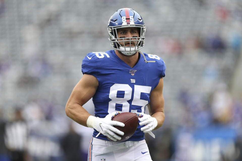 Giants TE Rhett Ellison got an early start on the season of giving. (AP/Vera Nieuwenhuis)