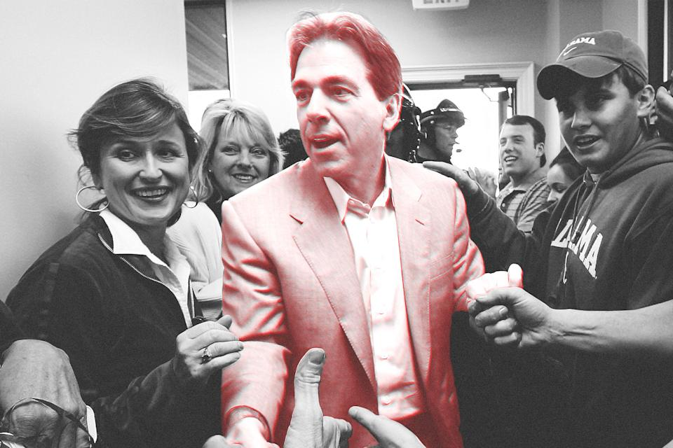 It took 38 days, but Alabama finally lured Nick Saban away from the Miami Dolphins in 2007. (AP)