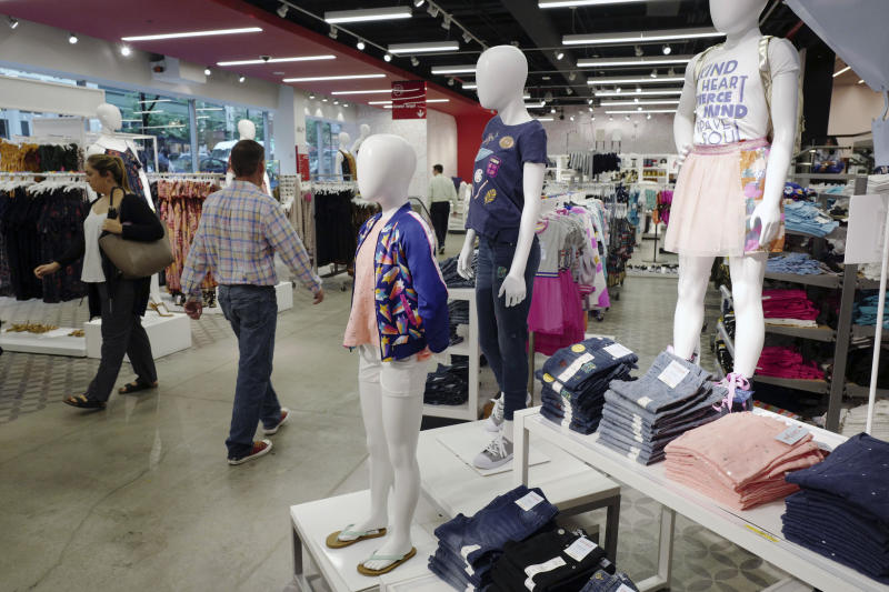 Retailers, brands see green for back-to-school shopping