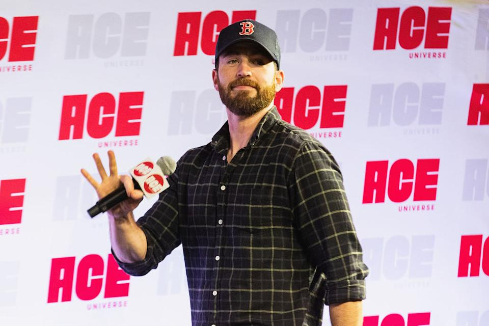 Chris Evans attends ACE Comic Con on June 28 in Seattle. (Photo: Mat Hayward/Getty Images)
