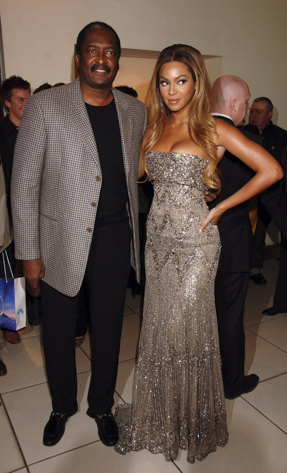 LONDON - JANUARY 21:  (EMBARGOED FOR PUBLICATION IN UK TABLOID NEWSPAPERS UNTIL 48 HOURS AFTER CREATE DATE AND TIME)  Beyonce Knowles and her father Matthew Knowles arrive at the UK film premiere of 'Dreamgirls,' held at Odeon Leicester Square on January 21, 2007 in London, England.  (Photo by Dave M. Benett/Getty Images)