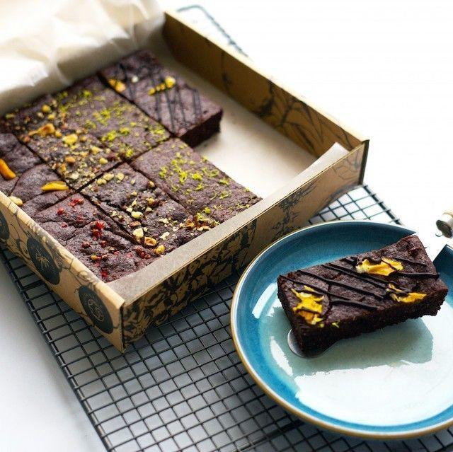 "<p>If you're after a box of brownies that look the part, as well as taste the part - here you go! Featuring a luxury selection of eight brownies, it's fair to say your sugar craving will be satisfied. </p><p><a class=""link rapid-noclick-resp"" href=""https://www.boroughbox.com/signature-brownie-box?gclid=CjwKCAiA17P9BRB2EiwAMvwNyN1lfByF0sXL-9nRoH5BsDhc0rRNXV1THrHBuOSjztgmJRPjStievhoCzU4QAvD_BwE"" rel=""nofollow noopener"" target=""_blank"" data-ylk=""slk:BUY NOW"">BUY NOW</a> <strong>£21.95</strong></p>"
