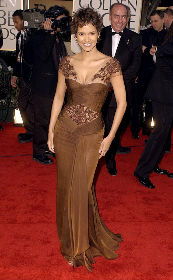 <p>Although she would not win the Golden Globe for her role in <i>Monster's Ball</i>,' Berry would go on to land the Oscar two months later. (Photo: Steve Granitz/WireImage) </p>