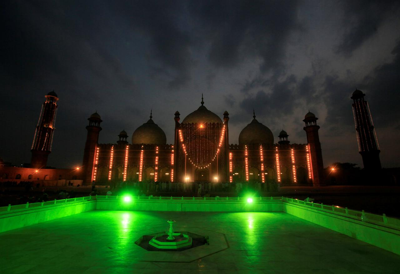 "Badshahi Mosque is illuminated on Laylat al-Qadr, or ""Night of Decree"", during the Muslim holy month of Ramadan in Lahore, Pakistan, June 22, 2017. REUTERS/Mohsin Raza             TPX IMAGES OF THE DAY"