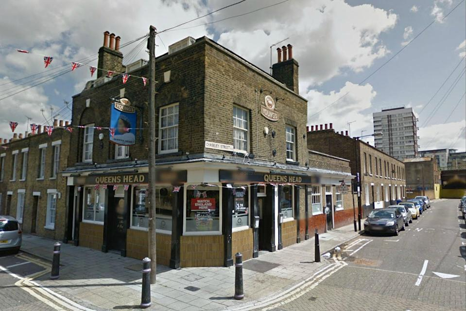 <p>People living near The Queen's Head, Limehouse have been in a two-year row over complaints</p> (Google Street View)
