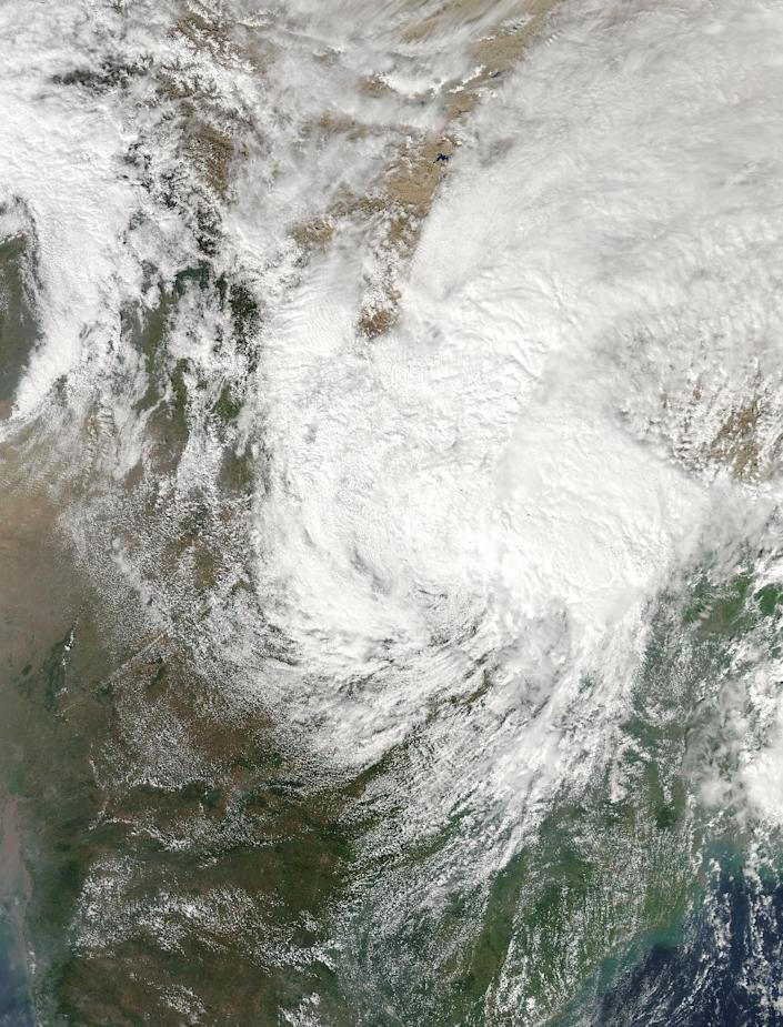 NASA satellite image shows the remnants of Typhoon Hudhud over India, Nepal and China, on October 14, 2014 (AFP Photo/)