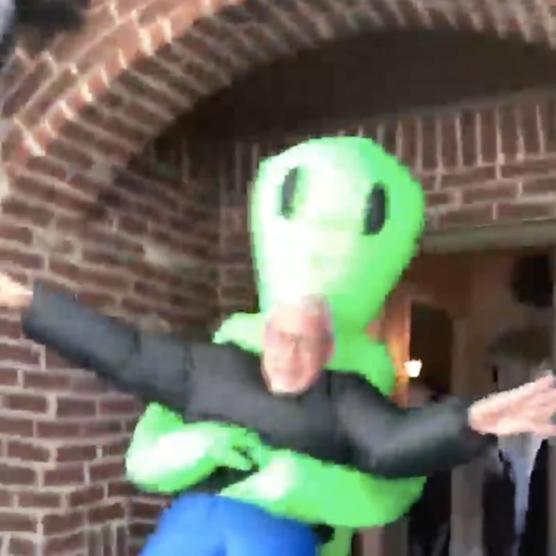 A Dad Pretended to Be Abducted by an Alien in This Viral Video, and I Am Positively Screaming