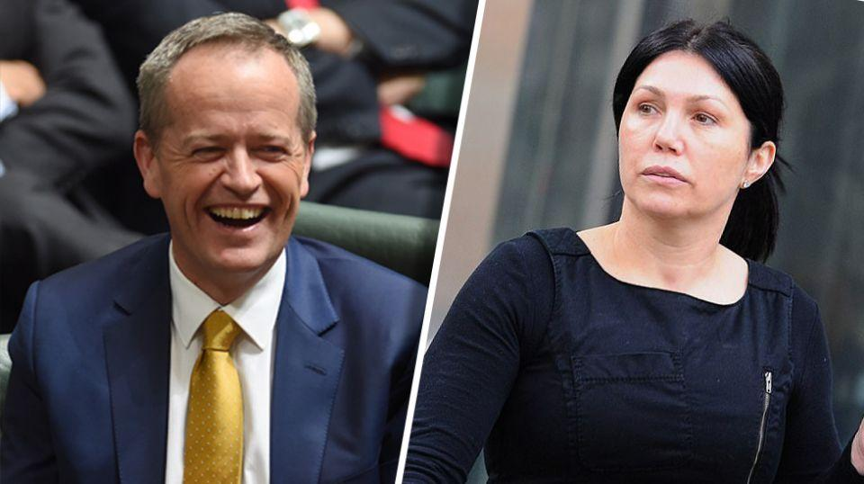 Melbourne gangland widow Roberta Williams is planning to run for federal parliament and has Labor leader Bill Shorten in her sights.