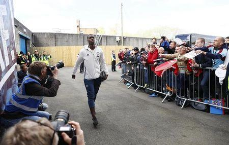 Manchester United's Paul Pogba arrives before the match