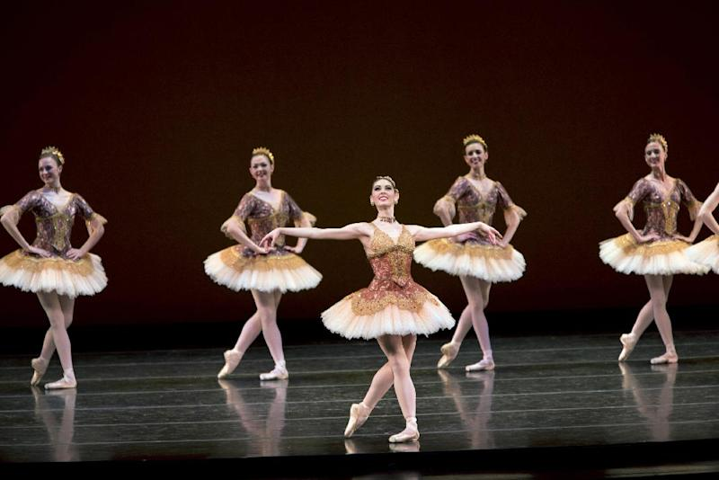 "This undated image released by The CW shows Beckanne Sisk, center, in the ballet reality series, ""Breaking Pointe,"" airing Thursdays at 8 p.m. EST on The CW. (AP Photo/The CW, Erik Ostling)"