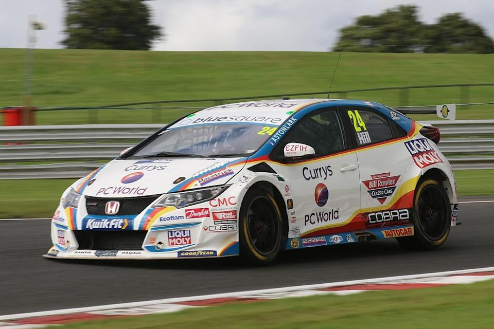 Hill tops sole Snetterton free practice from Morgan