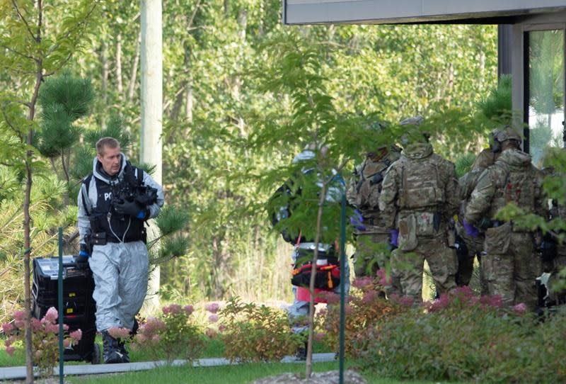 RCMP raid Montreal-area home tied to ricin-laced envelopes sent to White House, Texas
