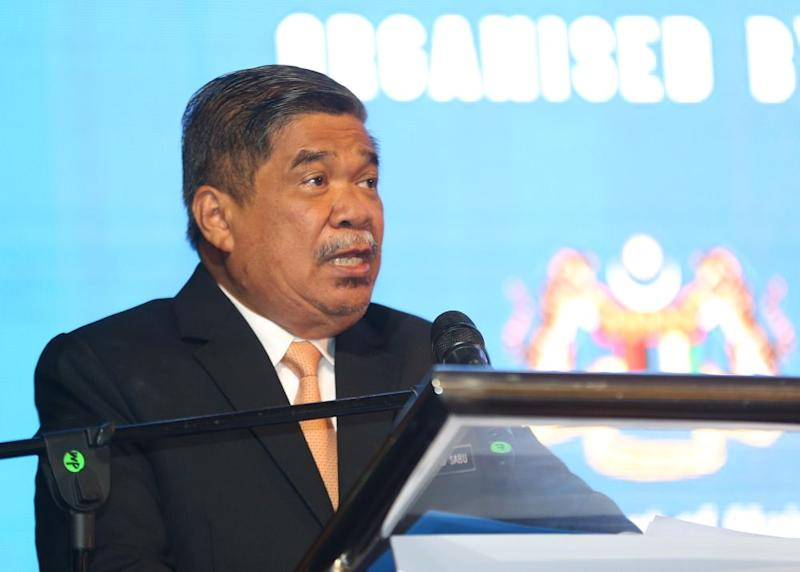 Defence Minister Mohamad Sabu speaks during the launch of LIMA'19 at the Ministry of Defence (Mindef) in Kuala Lumpur September 4, 2018. ― Picture by Razak Ghazali