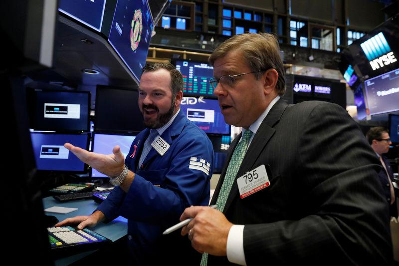 Dow Jones Rises Above 23000 for the First Time