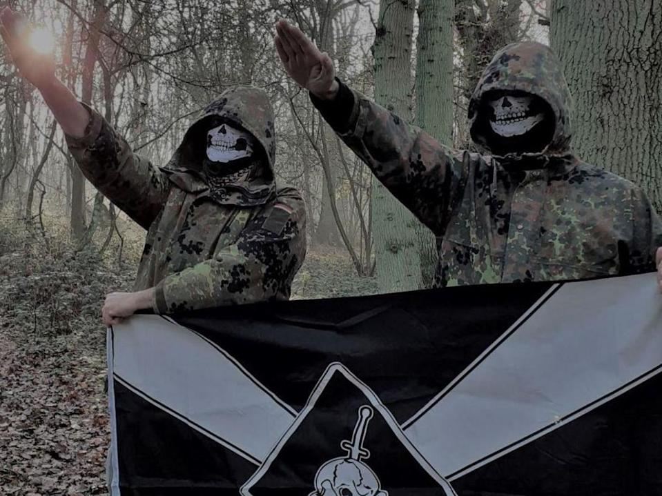 Two UK members of Feuerkrieg Division in a picture posted in an online chat (Eugene Antifa)