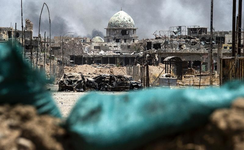 A picture taken on July 2, 2017 shows a general view of a destroyed mosque in the Old City of Mosul, during the government offensive to retake the city from Islamic State (IS) group fighters (AFP Photo/Fadel SENNA)