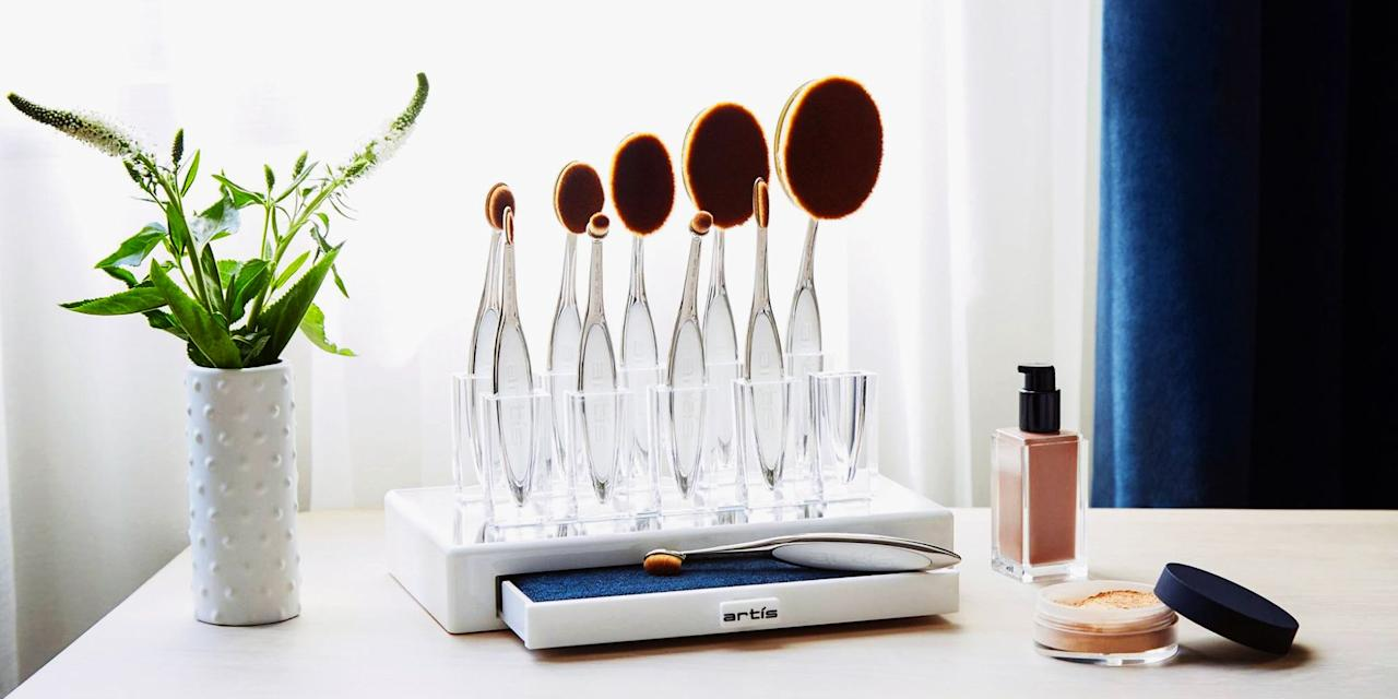 <p>Shopping for someone else can be a serious challenge, but these makeup gift sets make it nearly impossible to fail. From limited-edition collections to glam travel kits, here are some foolproof makeup sets to gift throughout the year!</p>