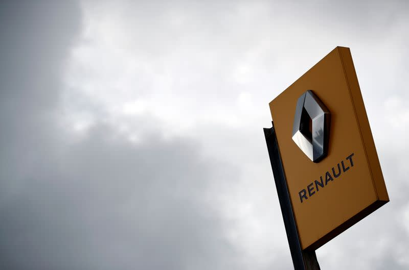 Renault and PSA can benefit from French coronavirus measures - finance ministry