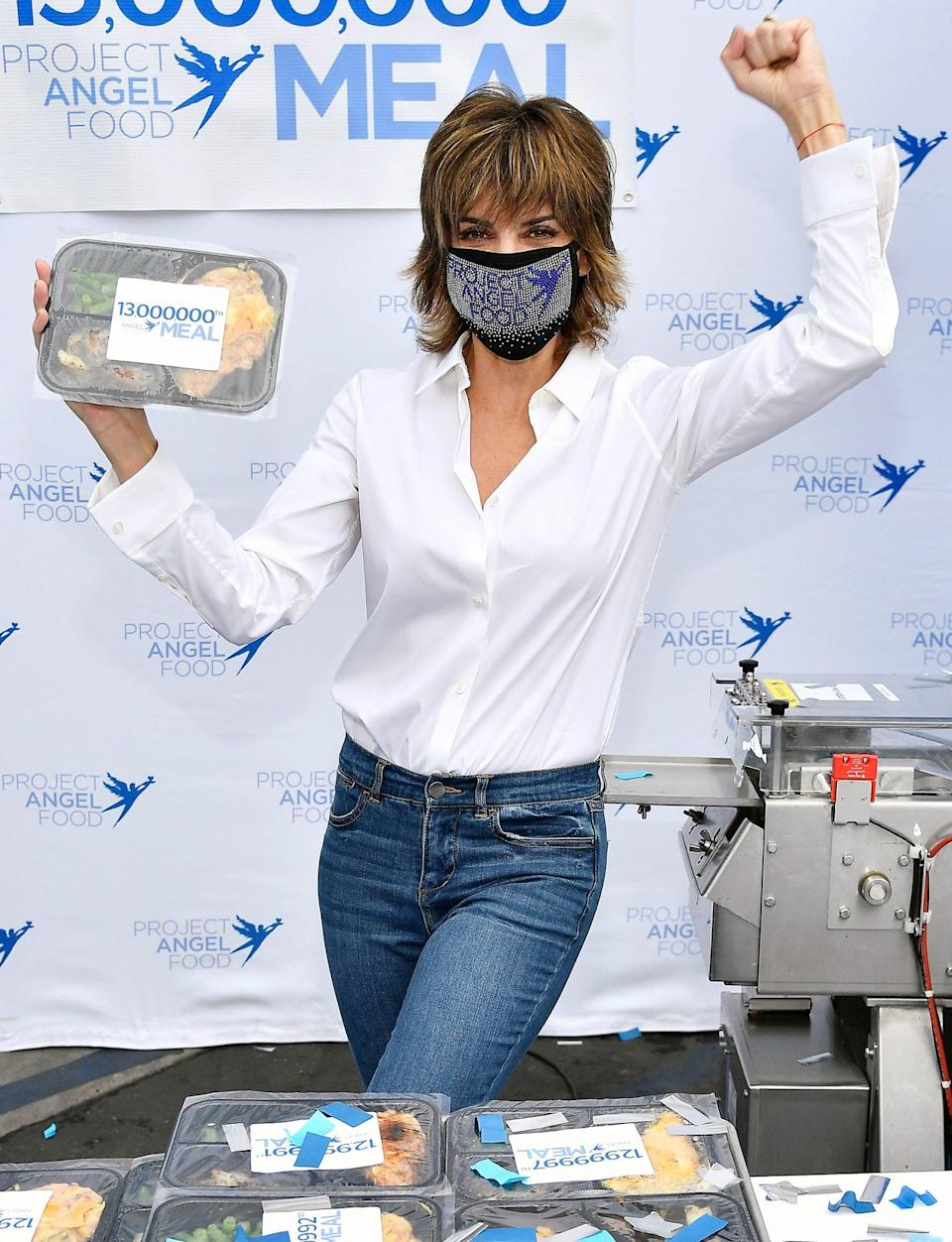 <p>Lisa Rinna presents Project Angel Food's 13 Millionth Meal on Friday in L.A. </p>