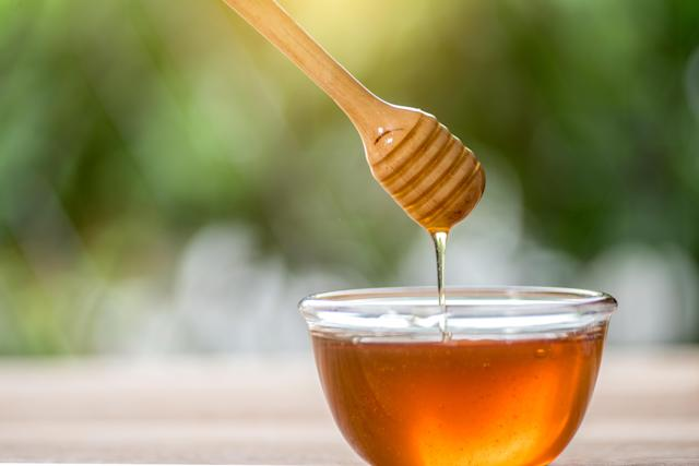 Manuka honey prevented bacterial infections in the lab for up to three weeks. [Photo: Getty]