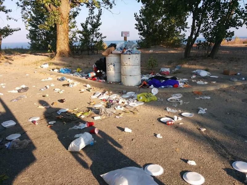 Canadian parks littered with excessive garbage during COVID-19