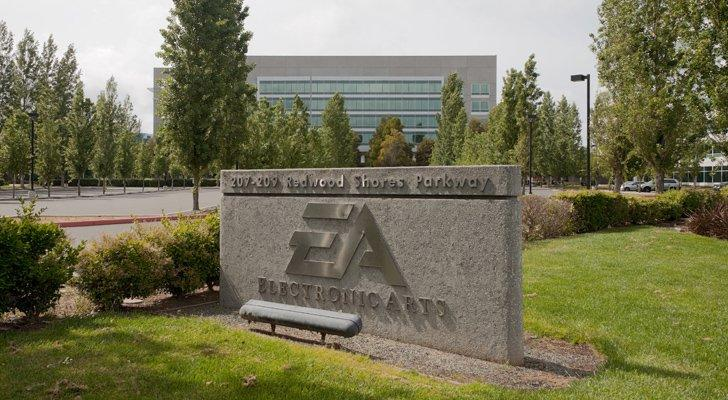Should You Buy Electronic Arts Inc. (EA) Stock? 3 Pros, 3 Cons