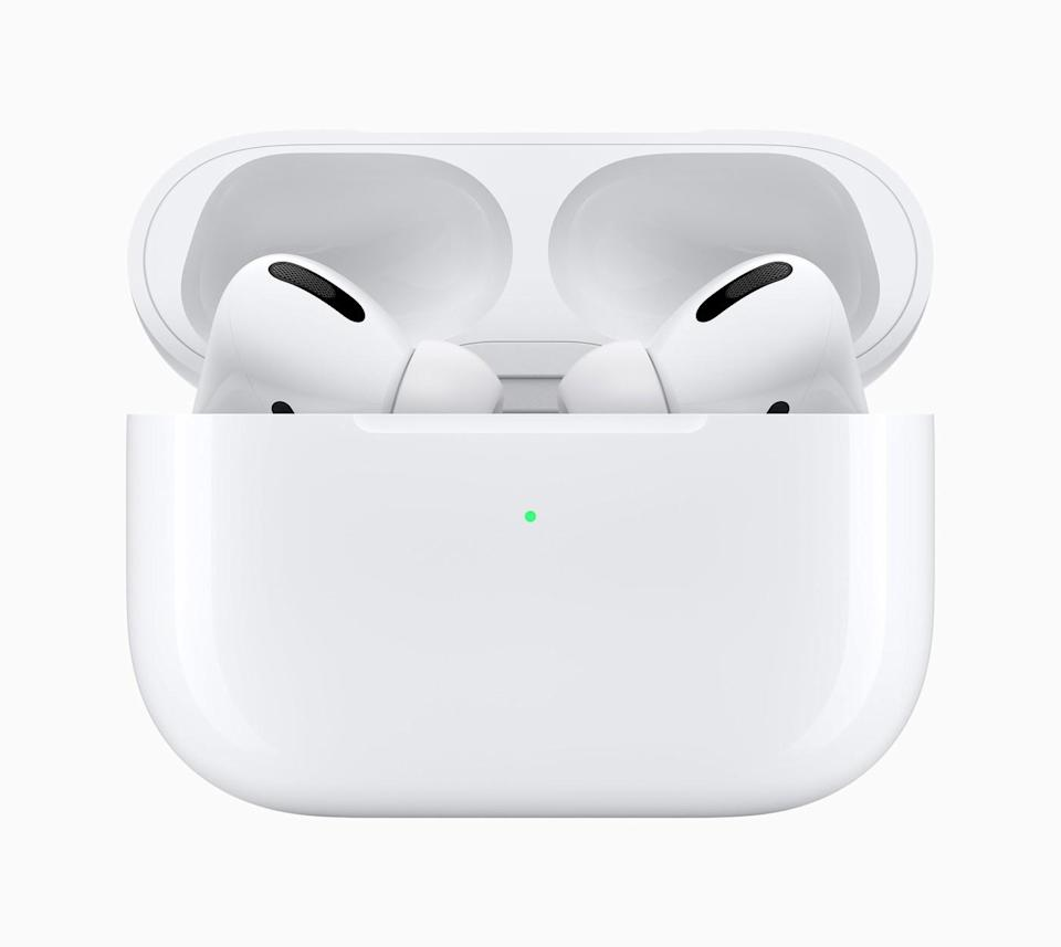 Apple Plans to Release Next-Gen AirPods