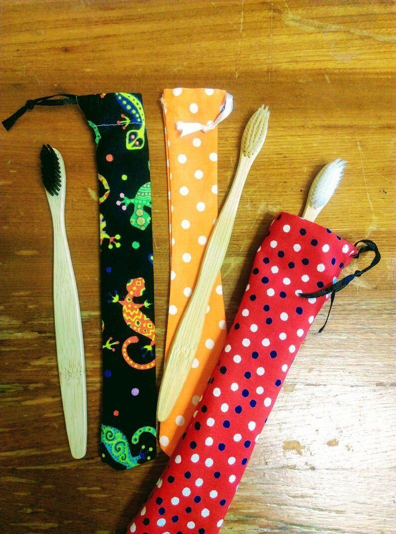 """<a href=""""https://fave.co/2LnMyV4"""" target=""""_blank"""" rel=""""noopener noreferrer"""">Bamboo Toothbrush &amp; Handmade Fabric Case, Etsy</a>, from &pound;2.50 (Photo: Etsy)"""