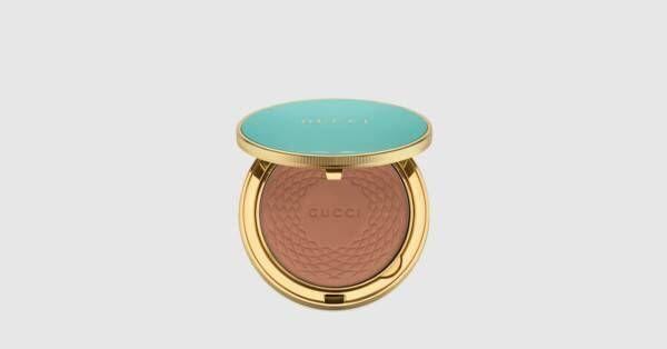 """<p>gucci.com</p><p><strong>$62.00</strong></p><p><a href=""""https://go.redirectingat.com?id=74968X1596630&url=https%3A%2F%2Fwww.gucci.com%2Fus%2Fen%2Fpr%2Fc%2F02-poudre-de-beaute-eclat-soleil-powder-p-6249759PBR20002&sref=https%3A%2F%2Fwww.townandcountrymag.com%2Fstyle%2Fbeauty-products%2Fg36256297%2Fbest-compact-mirrors%2F"""" rel=""""nofollow noopener"""" target=""""_blank"""" data-ylk=""""slk:Shop Now"""" class=""""link rapid-noclick-resp"""">Shop Now</a></p><p>A natural, flattering bronzer in a pretty blue Gucci compact may be all you need this summer. </p>"""