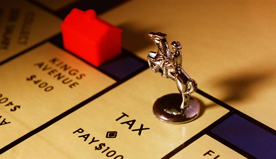 (AUSTRALIA OUT) Monopoly board game with a piece stopped on 'Tax', 6 April 1998. AFR Picture by JESSICA HROMAS (Photo by Fairfax Media via Getty Images via Getty Images)